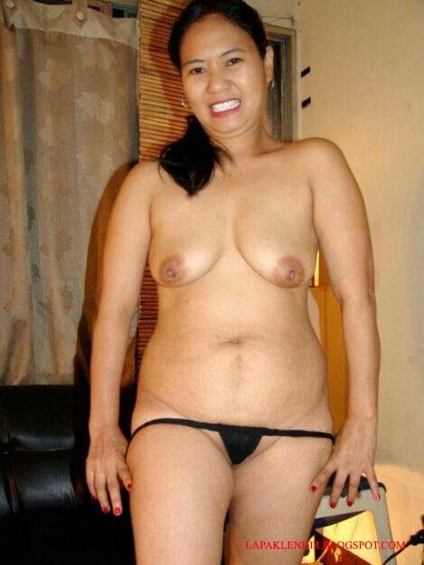 Gambar Bugil Tante Stw Umur 40 Semakin Horny