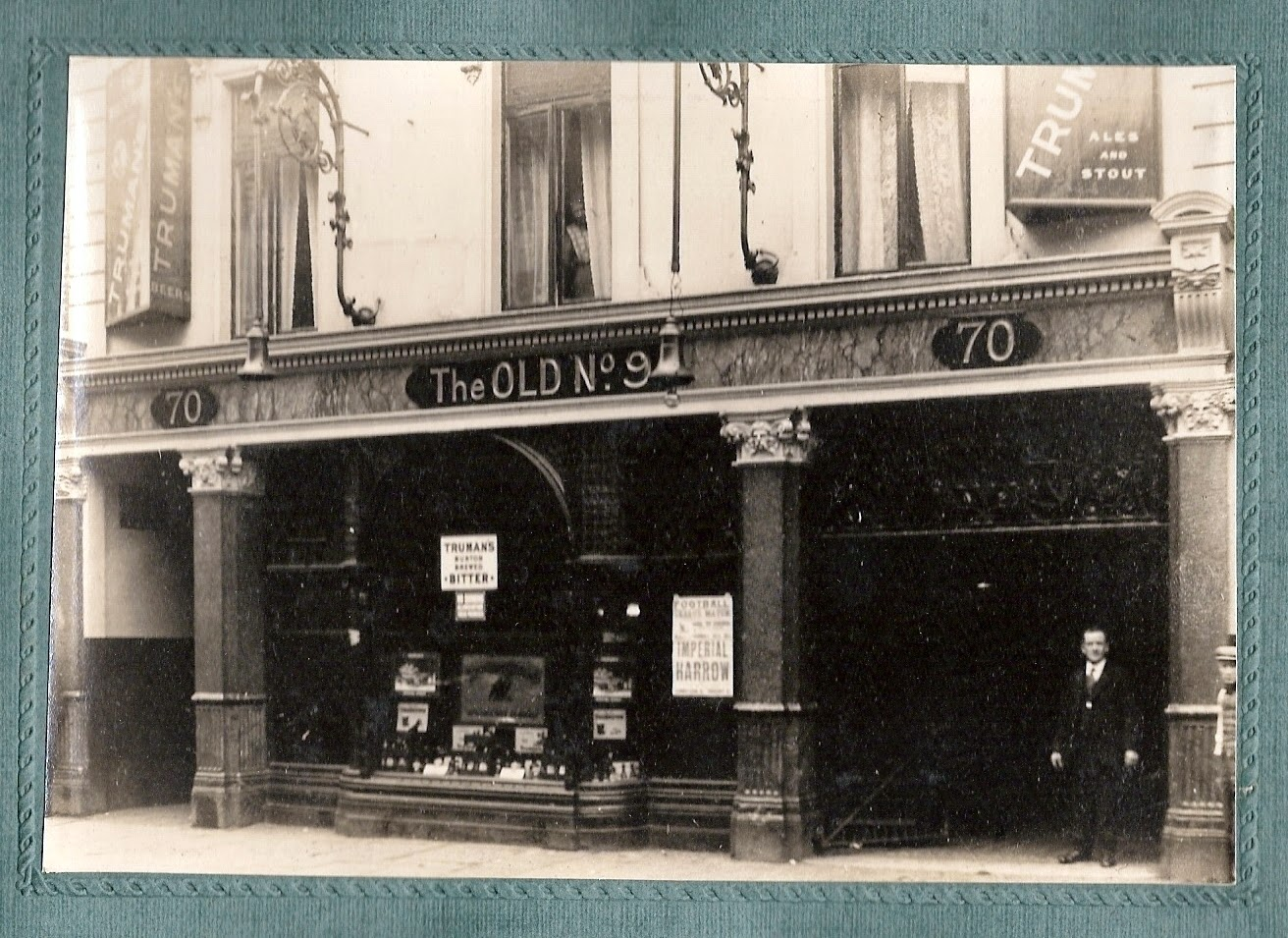 Photo outside of the Old No.9 pub