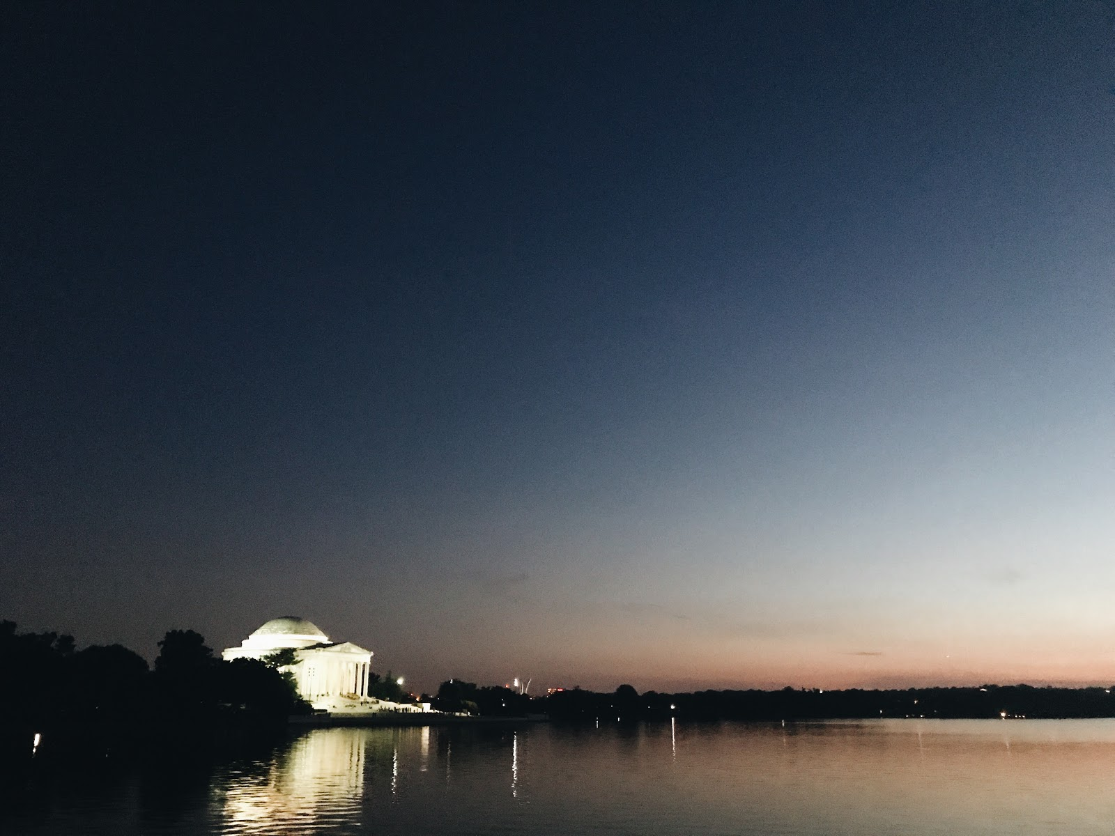 Jefferson Monument/Tidal Basin | A Weekend in DC