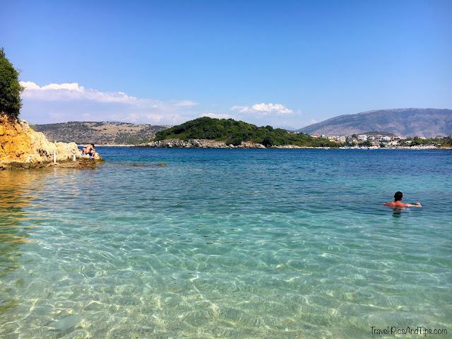 Plage de Ksamil au sud de l'Albanie