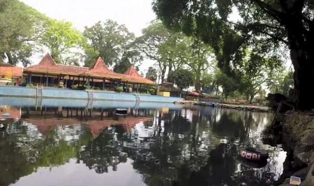 37 Tempat Wisata Alam, Pemandian Alam, Sumber Mata Air, Pemandian Air Panas, Air Terjun Di Sekitar Dekat Kota Surabaya Malang Sidoarjo Mojokerto Pasuruan Jawa Timur