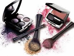 10 presentes econômicos para o dia das mães, maquiagem