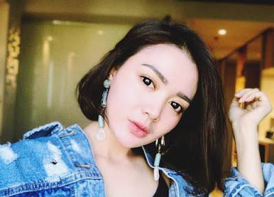ialah salah satu penyanyi kontroversial tanah air yang bergenre dangdut Biodata Wika Salim Si Pedangdut Cantik dan Top List Singlel Lagu Terpopuler