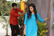Oka Manasu Movie Photos gallery-thumbnail-12