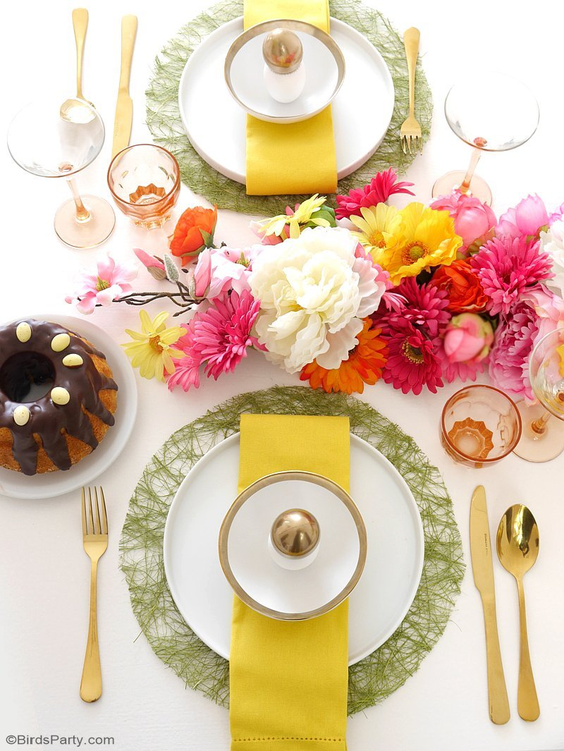 A modern floral easter brunch party ideas party printables Brunch table decorations