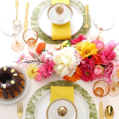 Un Brunch de Pâques Floral & Moderne