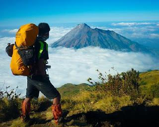 tips persiapan wisata ke gunung