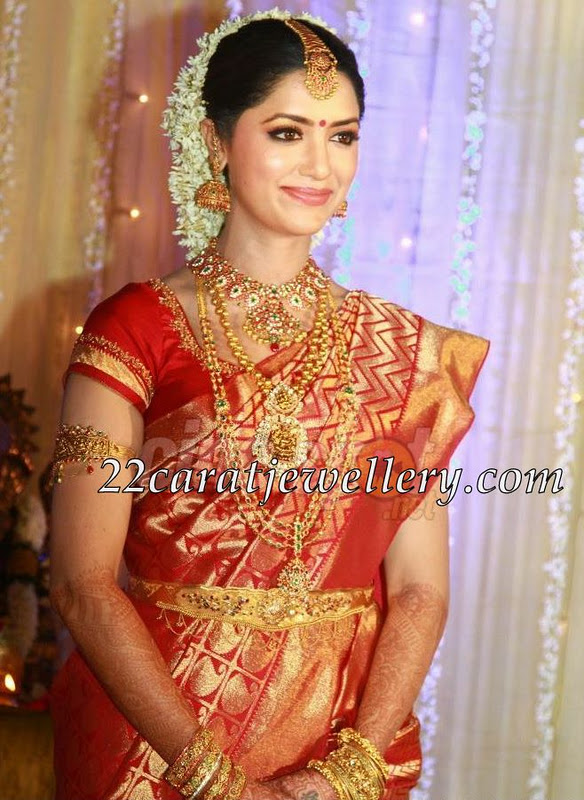 South Indian Actress Mamata Mohandas Spotted With Beautiful 22 Carat Gold Traditional Heavy Kundan Mango Necklace Studded Ruby S Diamonds And Emeralds