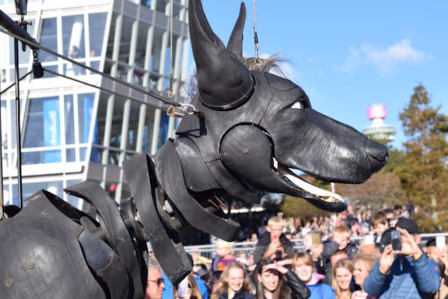Xolo the Dog Puppet - Giant Spectacular #liverpoolgiants