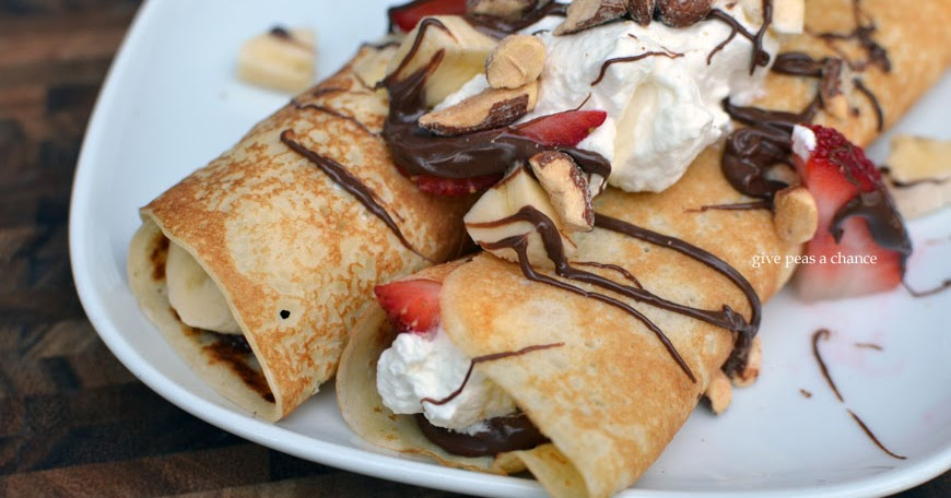 Give Peas a Chance: Manic Monday- Fruit and Nutella Crepes