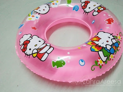 pelampung hello kitty, peminat hello kitty