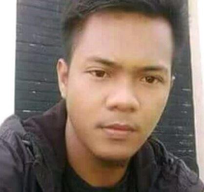 Foto Pemuda yang Tersambar Petir