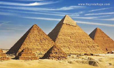 piramit-pyramid-mısır-egpt-ruyada-gormek-nedir-gorulmesi-ne-anlama-gelir-dini-ruya-tabiri-tabirleri-islami-ruya-tabiri-yorumlari-kitabi-ruya-yorumu-hayrolaruya.com