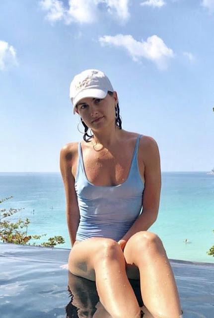 Megan Olivi nude scene