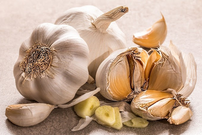 Garlic: Health benefits, uses and side effects.