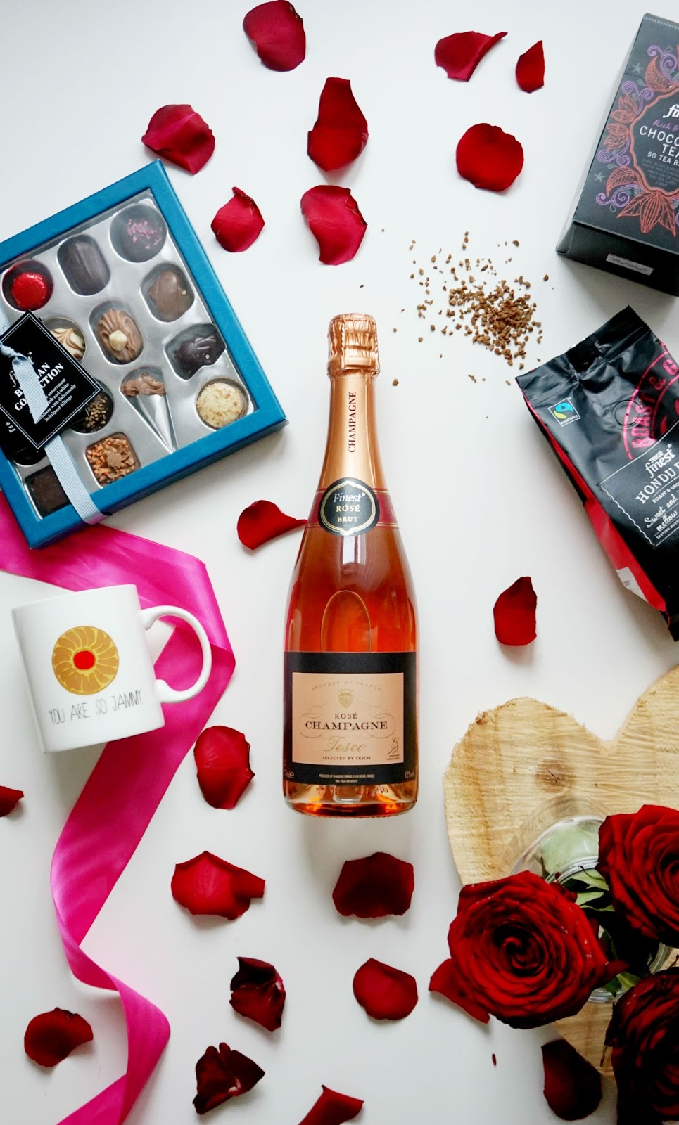 galentines day tesco food hamper flowers best friend champagne chocolate celebrate galentines day photography tesco