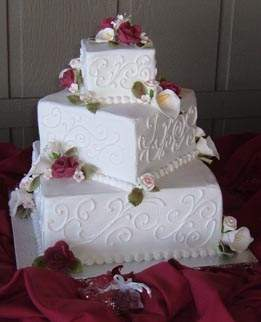 Delicious Square Wedding Cakes With Roses Ideas   Food and drink Special Square Wedding Cakes Ideas