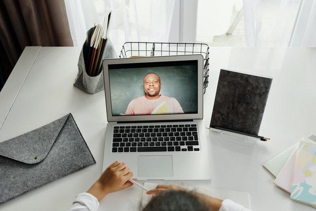 Menghadapi Belajar Online Dimasa Pademi