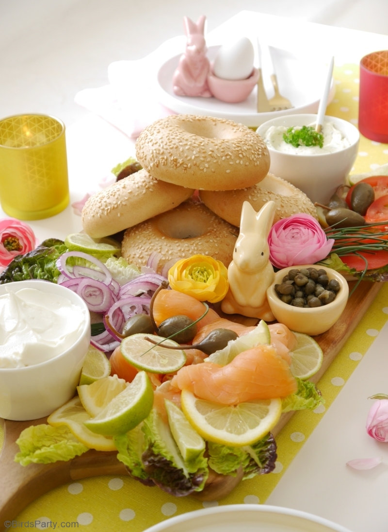 How To Build a Bagel Brunch Board - delicious, quick and easy ideas, tips and tricks to create a bagel board for Easter brunch or any spring celebration! by BirdsParty.com @birdsparty #Easter #easterbrunch #brunch #springbrunch #cheeseboard #bagelboard #charcuterieboard #brunchbagelboard #bagelbrunchboard