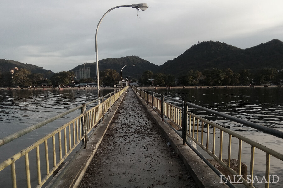 jeti kampung nelayan teluk kumbar