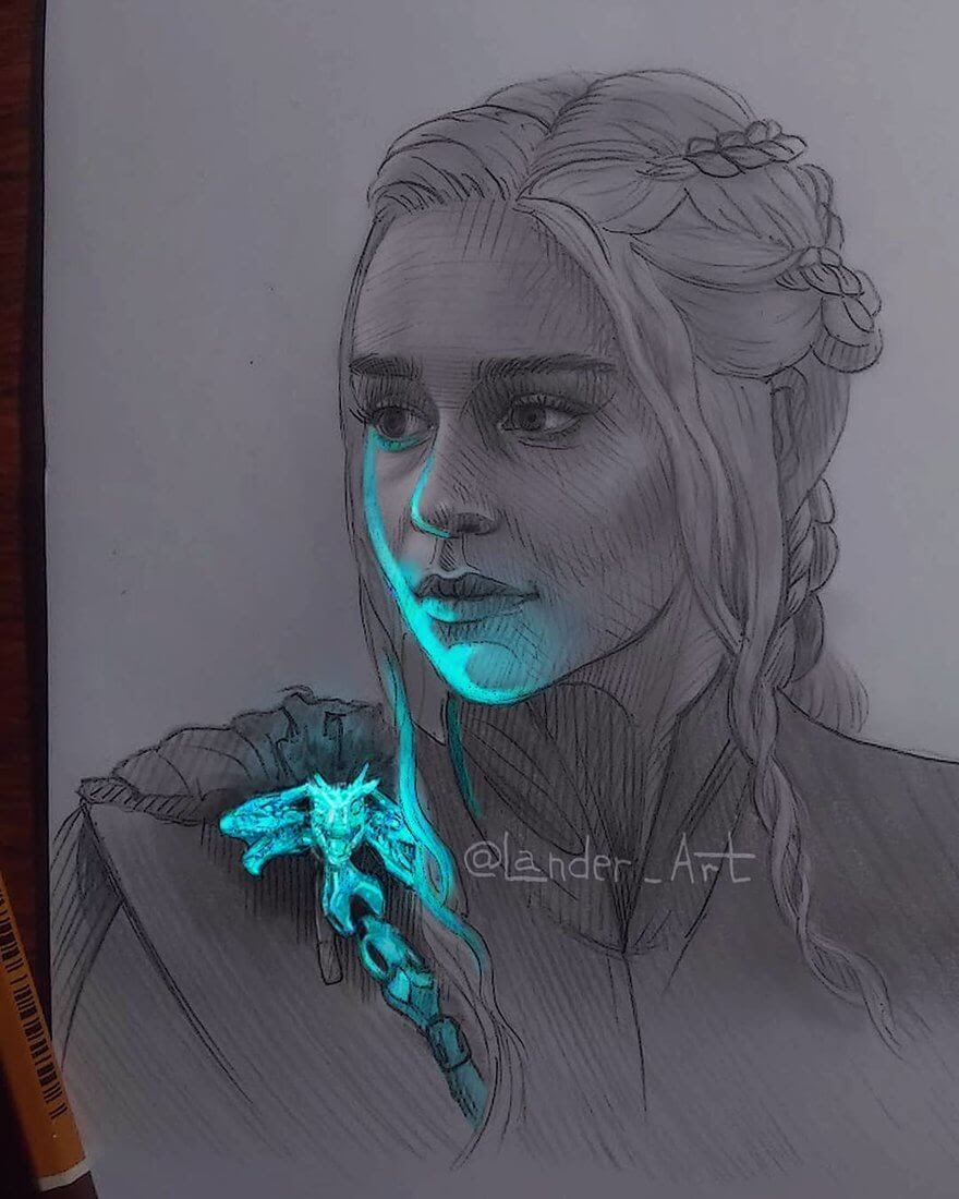 03-Daenerys-GoT-Emilia-Clarke-Chertkova-Lena-Game-of-Thrones-Glowing-Sketches-www-designstack-co