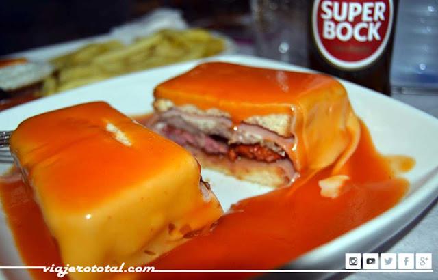 Oporto - Portugal - Francesinha - Super Bock