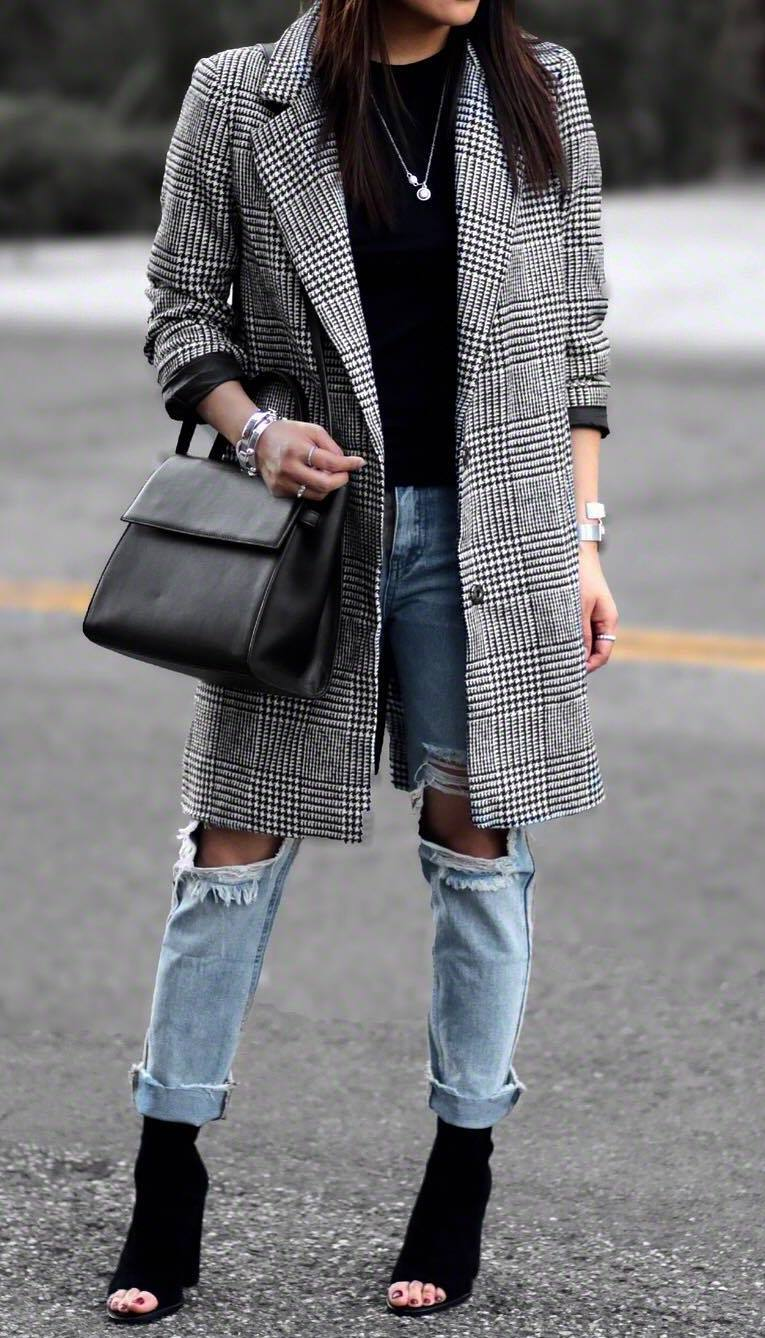 fall outfit of the day/ distressed jeans + bag + plaid long blazer + top + boots