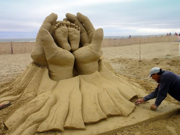 Joe' Retirement Sand Sculpting Hampton Beach
