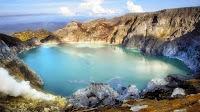 http://www.bromomalang.com/2015/09/paket-wisata-kawah-ijen-blue-fire-2.html