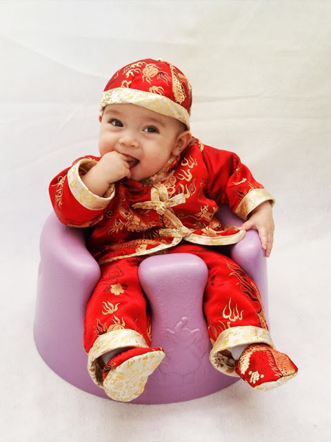 DIY Chinese Button Knot and Chinese New Year Outfit for Baby