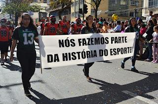 125 anos de Teresópolis: Esporte e Educação de mãos dadas na avenida