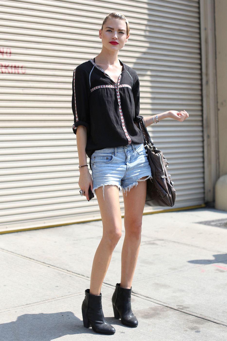 14 Ways To Wear Denim Shorts Inspired By Models Street