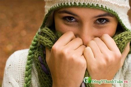 giữ ấm là cách phòng ngừa viêm xoang mùa lạnh