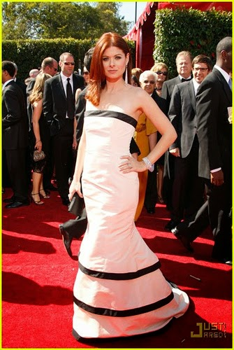 Debra Messing award photos hot