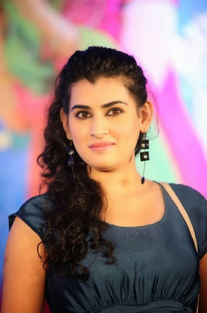 Gorgeous Bridal Mehndi Http Www Maharaniweddings Com Gallery