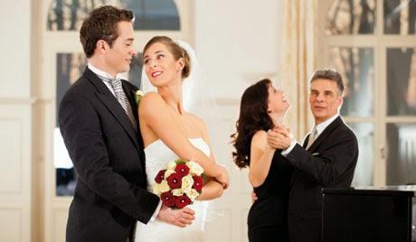 stempel rund wir heiraten