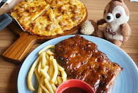Pizza and bbq ribs