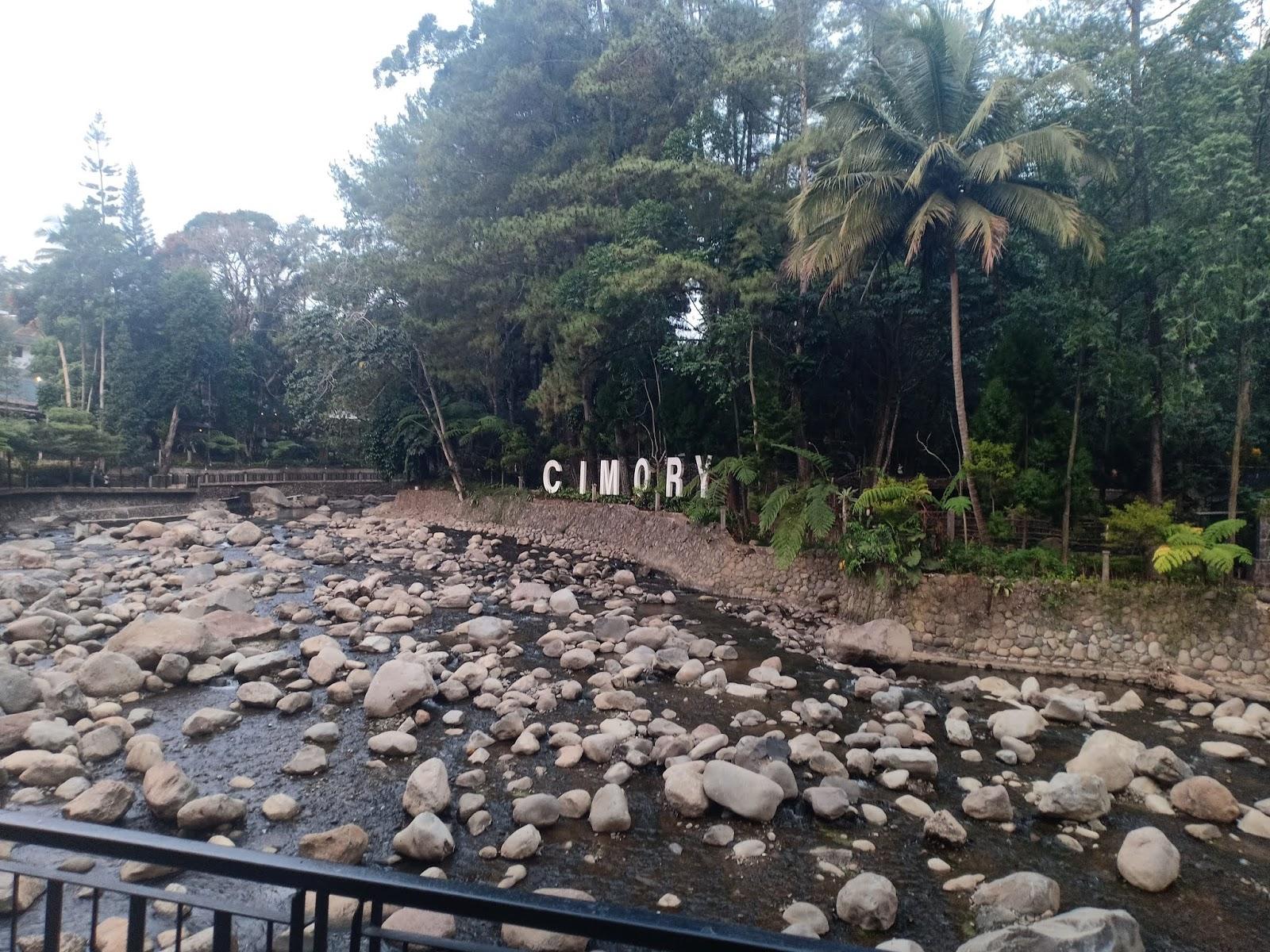 Cimory Riverside Tempat Asik Wisata Keluarga