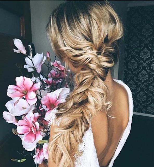 Una trenza es el peinado perfecto para una novia romántica - Foto: Instagram
