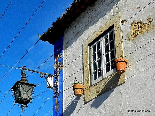 Fachada típica de Óbidos, Portugal