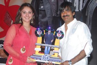 Veera Audio Tripe Platinum – Video & Gallery