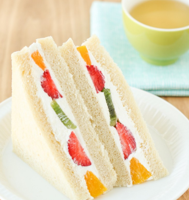 Fruit Sandwiches (Fruit Sando)