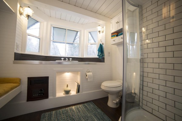 8 Staycation Worthy Tiny Homes For Sale: TINY HOUSE TOWN: Utah Income Tiny Home (192 Sq Ft