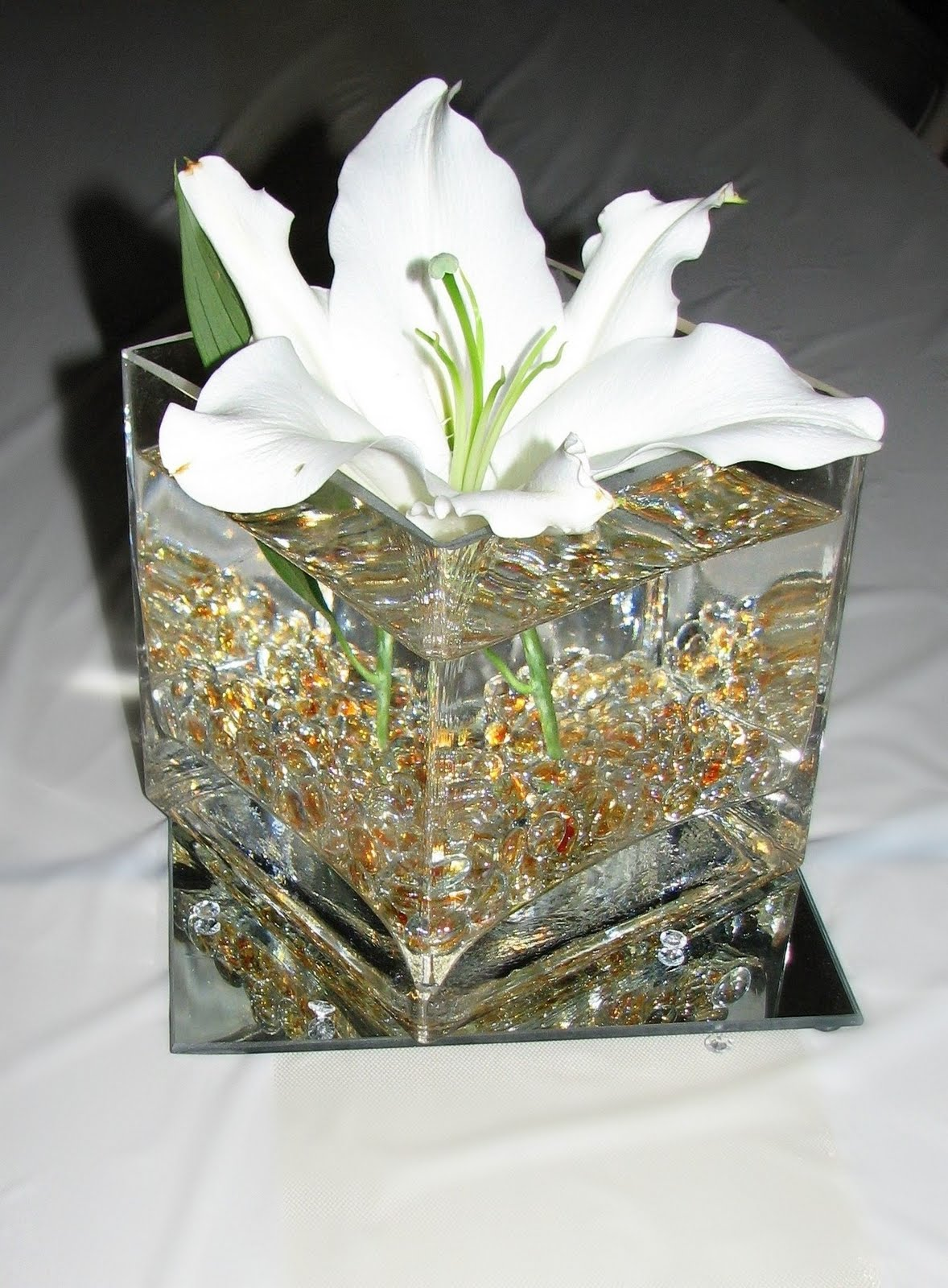 50th wedding anniversary decoration ideas romantic decoration. Black Bedroom Furniture Sets. Home Design Ideas