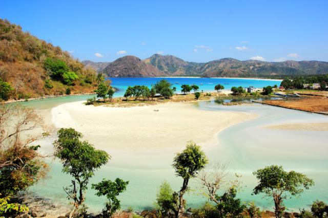 Pantai Selong Belanak, Lombok, Indonesia