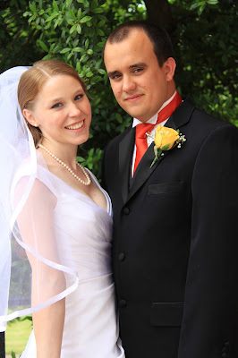 wedding day necklace classic white strand pearl necklace bride and groom wedding jewelry
