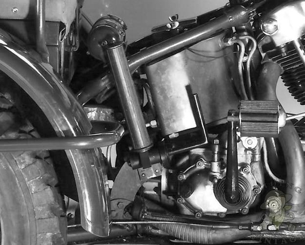 Harley-Davidson TA - Shaft-Drive Knucklehead Trike ~ Riding Vintage