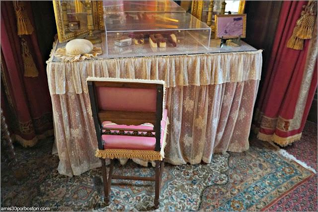 Tocador del Dormitorio de Consuelo en Marble House, Newport