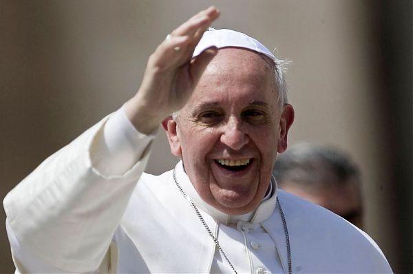 """Papa Francesco: """"Bisogno di soluzioni stabili per guardare al futuro"""""""