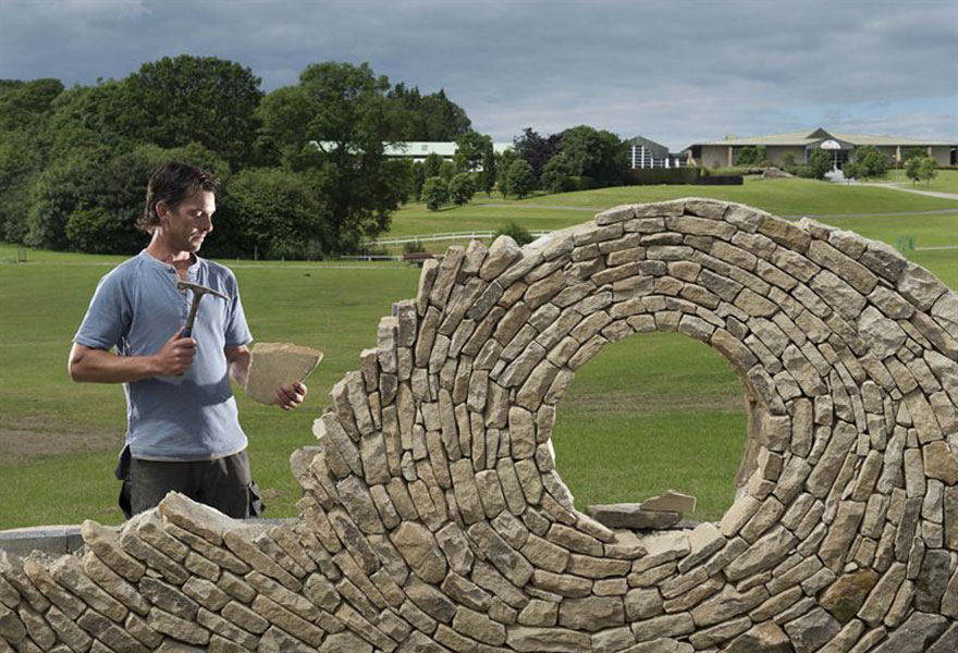 02-Johnny-Clasper-Sculpture-Paths-and-Walls-with-Rocks-and-Stones-www-designstack-co